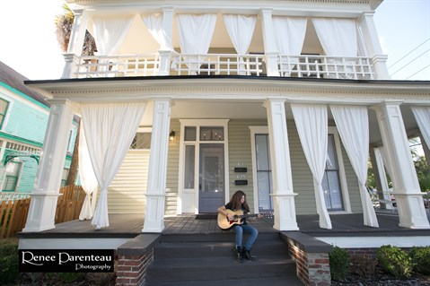 Porchfest Photo With Renee Credit